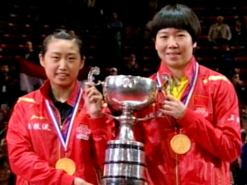 Womens Doubles World Champions - GUO Yue and	LI Xiaoxia	(China)