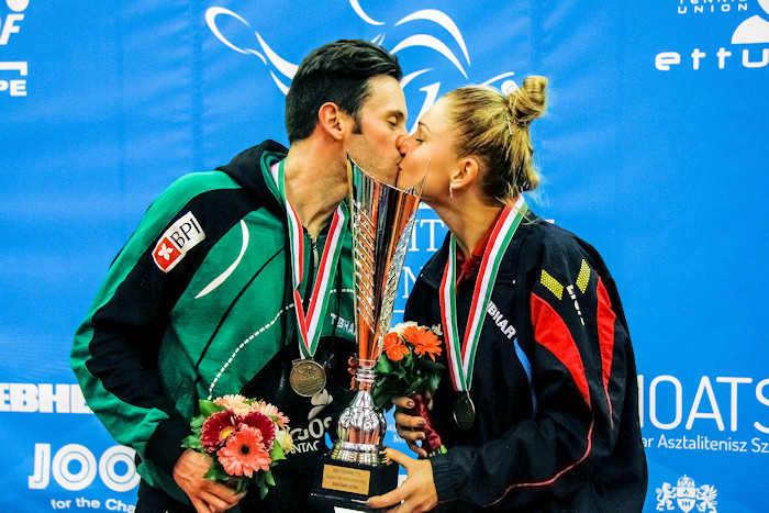2016 European Championships Mixed Doubles - Husband and wife with trophy