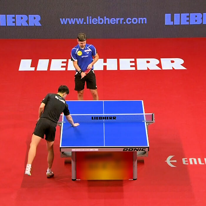 Player wipe the sweat / perspiration from their hands onto the table - urgh!